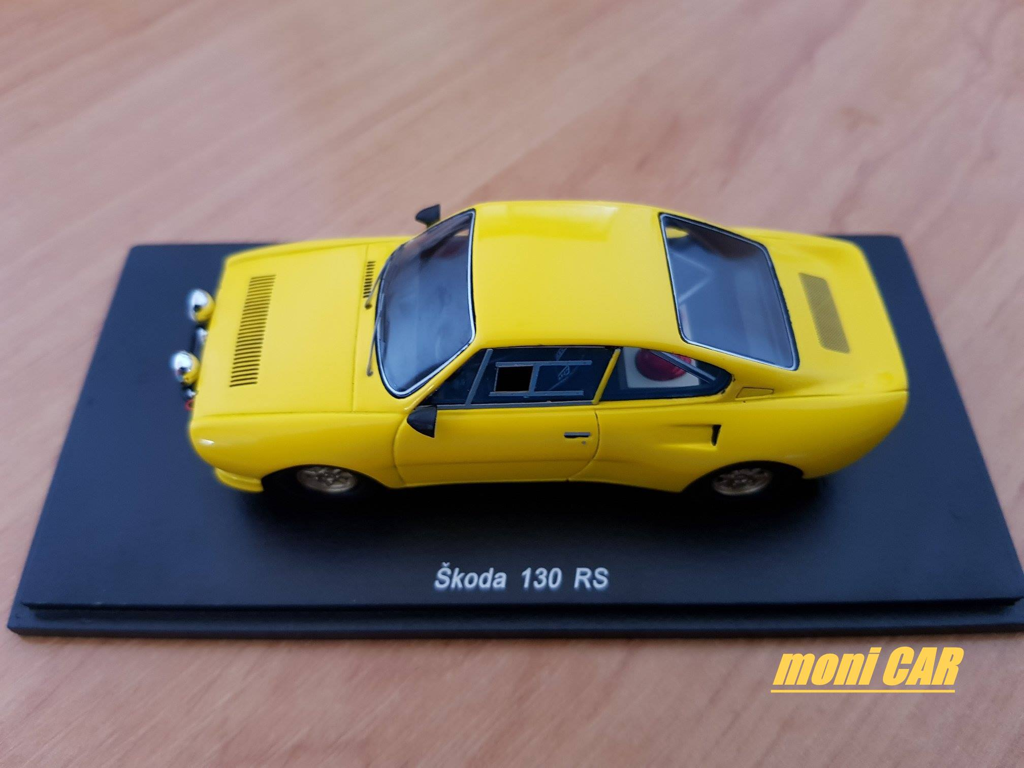 FOX18 Škoda 130 RS (1:43)