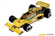 slide /fotky4196/slider/MB-modelcars-MB037-Fittipaldi-FD40-Ford-GP-South-Africa-1977_28-Emerson-Fittipaldi.jpg